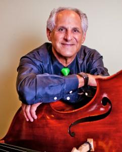 Barry Green, hands on bass